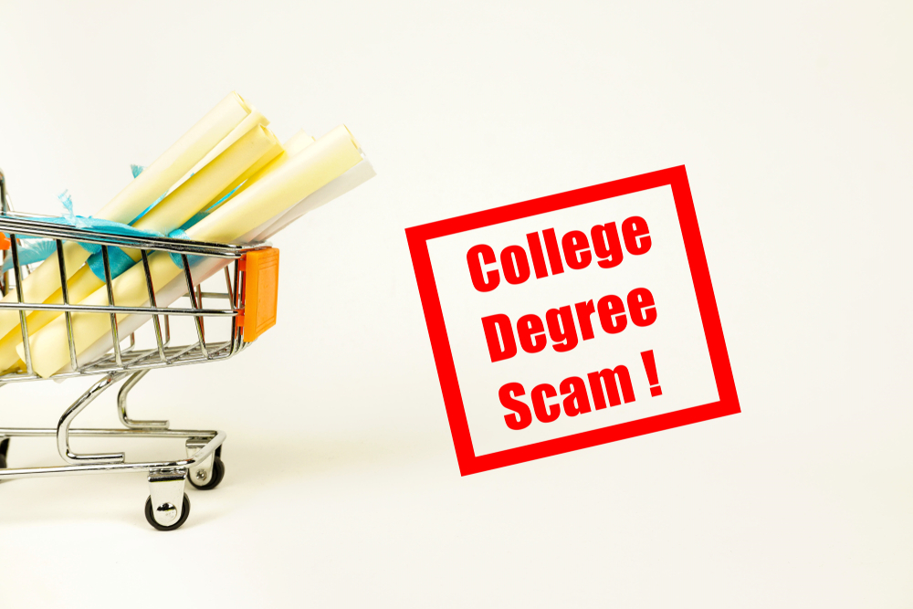 how to avoid college scams, signs of a college scam